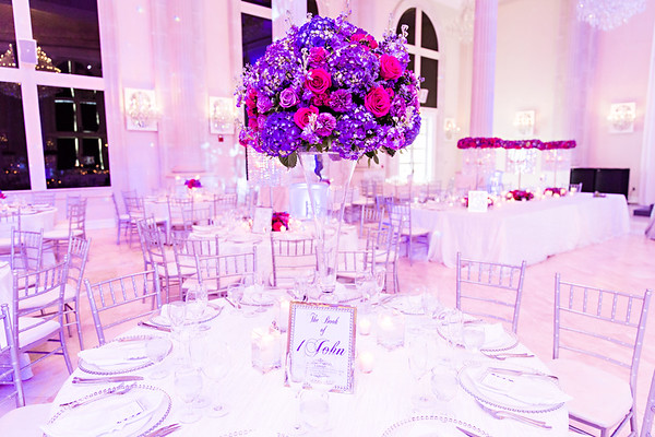 Is a Full-Service Wedding Planner Worth It? Here are 5 Benefits.