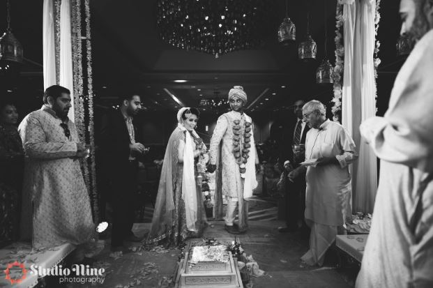 Varmala ritual ceremony Hindu weddings